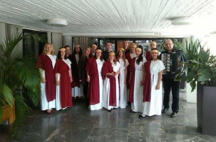 ČLANOVI HORA UDRUŽENJA SRPSKO-GRČKOG PRIJATELJSTVA IRIDA NA FESTIVALU U SOLUNU