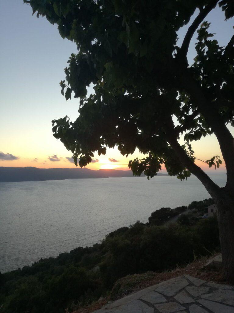Zalazak sunca u mestu Lefki Itaka